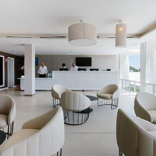 24/7 RECEPTION AluaSoul Mallorca Resort (Adults Only) Hotel Cala d'Or, Mallorca