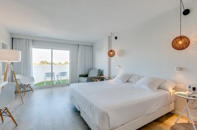 Superior Junior Suite with Sea View AluaSoul Mallorca Resort (Adults Only) Hotel Cala d'Or, Mallorca